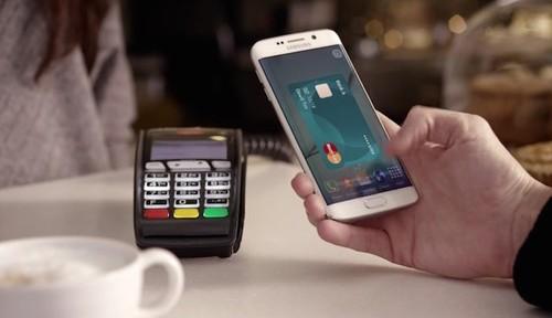 Samsung y Google responden por fin a Apple Pay. Así es como contraatacan