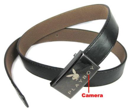 Cinturón espía de Playboy con cámara incorporada