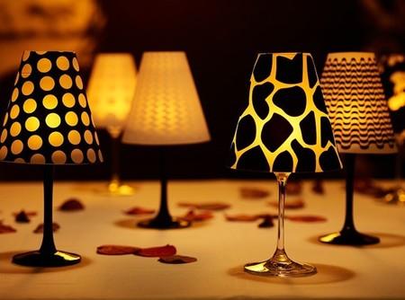Recicladecoración: pequeñas lámparas hechas con copas de vino