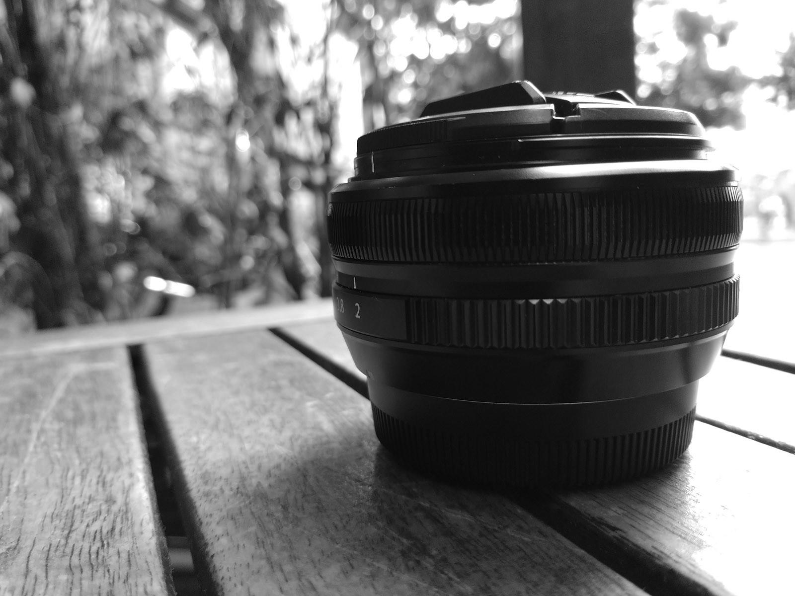 Foto de Moto Z2 Force, fotografías en blanco y negro (7/8)
