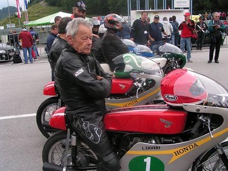 Luigi Taveri y la Honda RC 149 de 1966