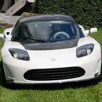 El último Tesla Roadster fabricado busca nuevo propietario: a la venta por 1,29 millones de euros y con solo 200 km