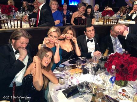 Los protagonistas de 'Modern Family' en los Globos de Oro, la imagen de la semana