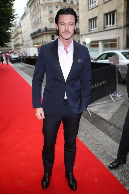 Luke Evans (9)
