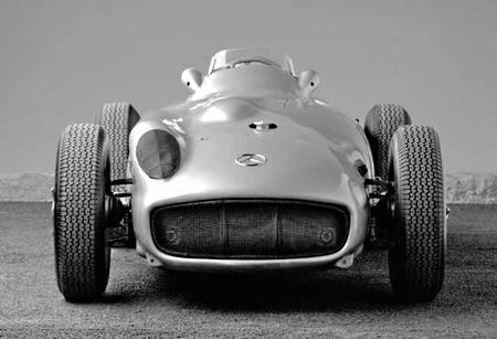 ¿Y si Mercedes-Benz volviera a la F1?
