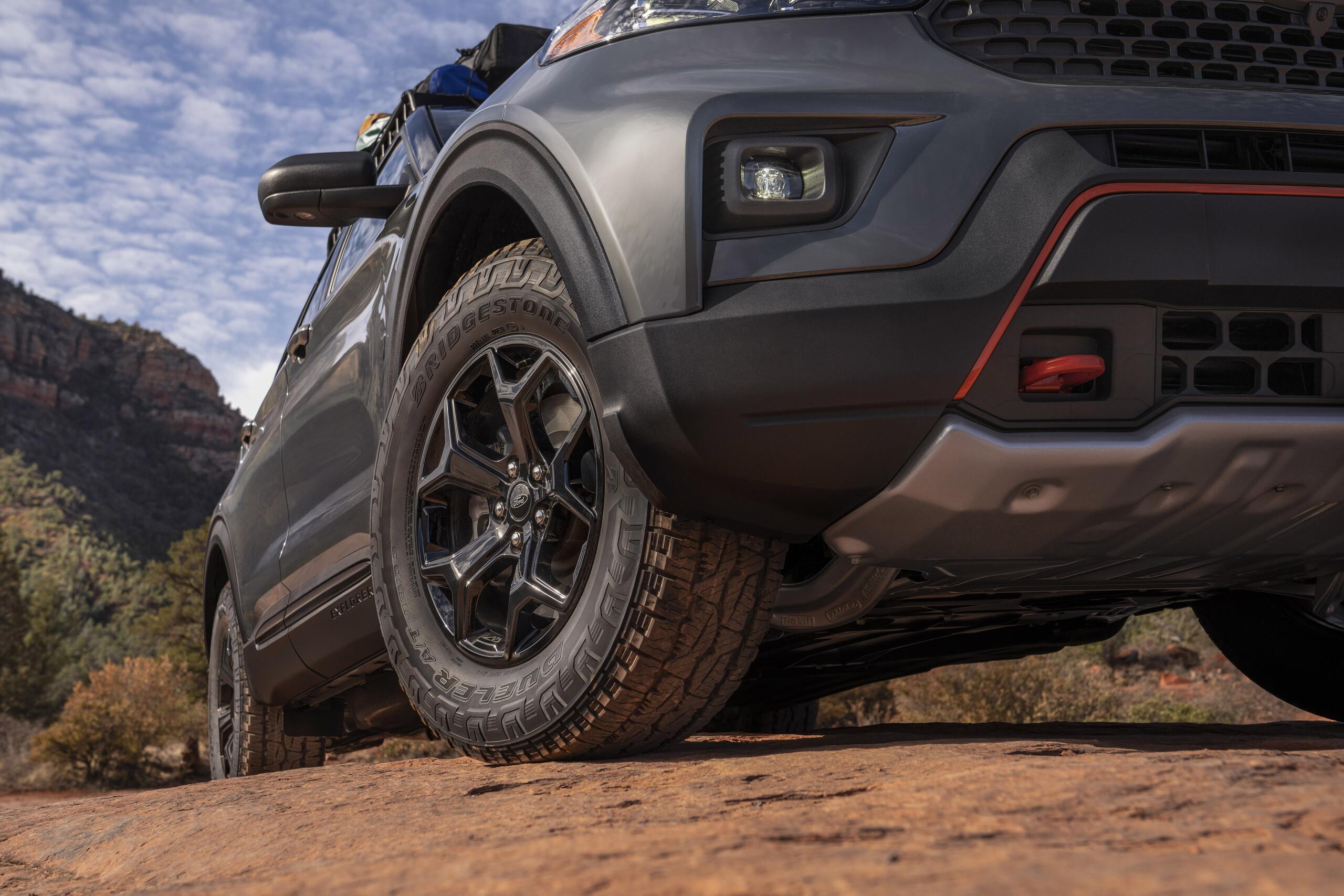 Foto de Ford Explorer Timberline (9/13)