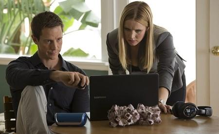Jason Dohring y Kristen Bell en la película
