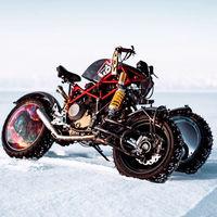 Esta moto rusa de tres ruedas es el proyecto más loco de Balamutti y quieren correr en el lago helado de Baikal