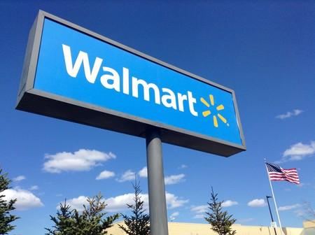 Empleado de Walmart denuncia que sus publicitados robots limpiadores sólo añaden trabajo a los humanos