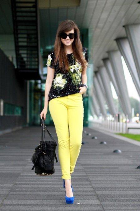 Pantalones amarillos Andy Torres