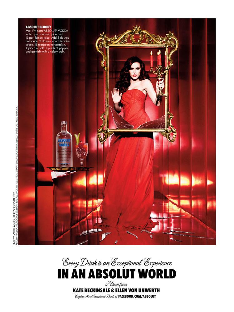 Foto de Kate Beckinsale y Zooey Deschanel campaña de Absolut Vodka (2/4)