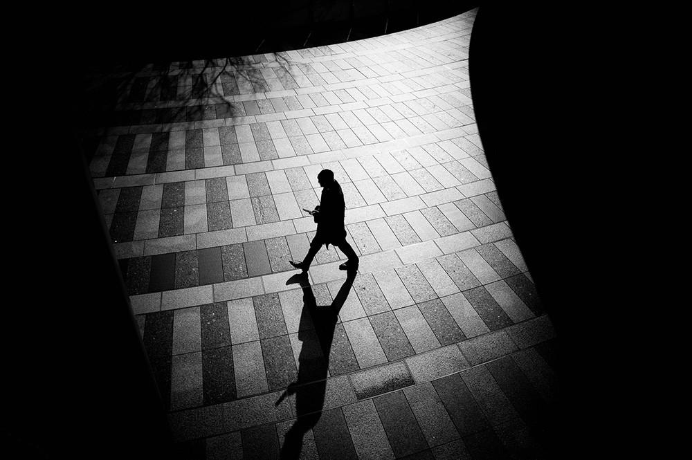 Junichihakoyama 16101914710 Round Shadows