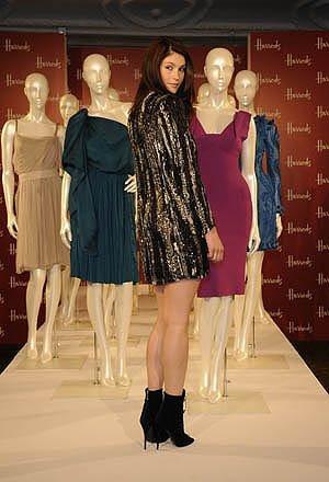 Gemma Arterton es la imagen de las rebajas de Harrod's