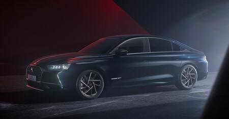 DS dejará de vender coches diésel y gasolina en 2025 y se lo juega todo a la electrificación
