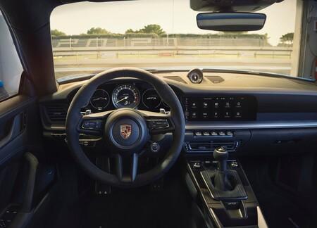 Porsche 911 Gt3 2022 1600 11