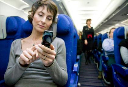 Uso del móvil en el avión, en un par de meses