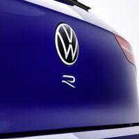 ¡Oficial! El nuevo Volkswagen Golf R se descubrirá el 4 de noviembre y ya nos muestra su primera imagen