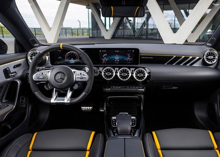 Mercedes Amg Cla 45 S 12