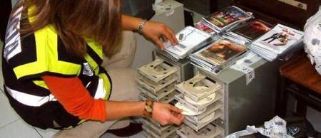 Hollywood se está pensando no distribuir DVD en España