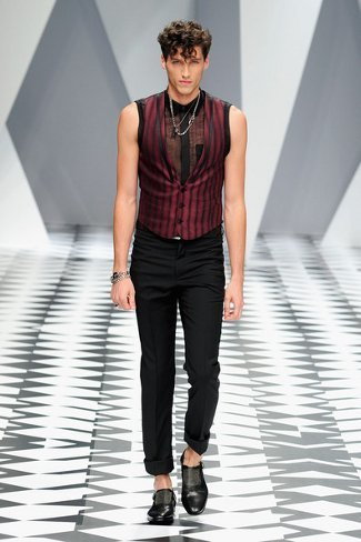 versacemilanfashionweekmenswear2011w1tsnjzjdvfl.jpg
