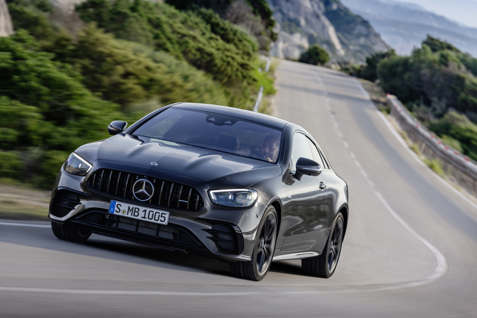 Foto de Mercedes-AMG E 53 Coupé 2021 (9/35)