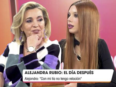 Alejandra Rubio y Carmen Borrego, revoloteadas por Torito disfrazado de Rocío Jurado en 'Viva la vida'