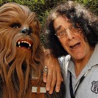 Muere Peter Mayhew a los 74 años: adiós al Chewbacca original de 'Star Wars'