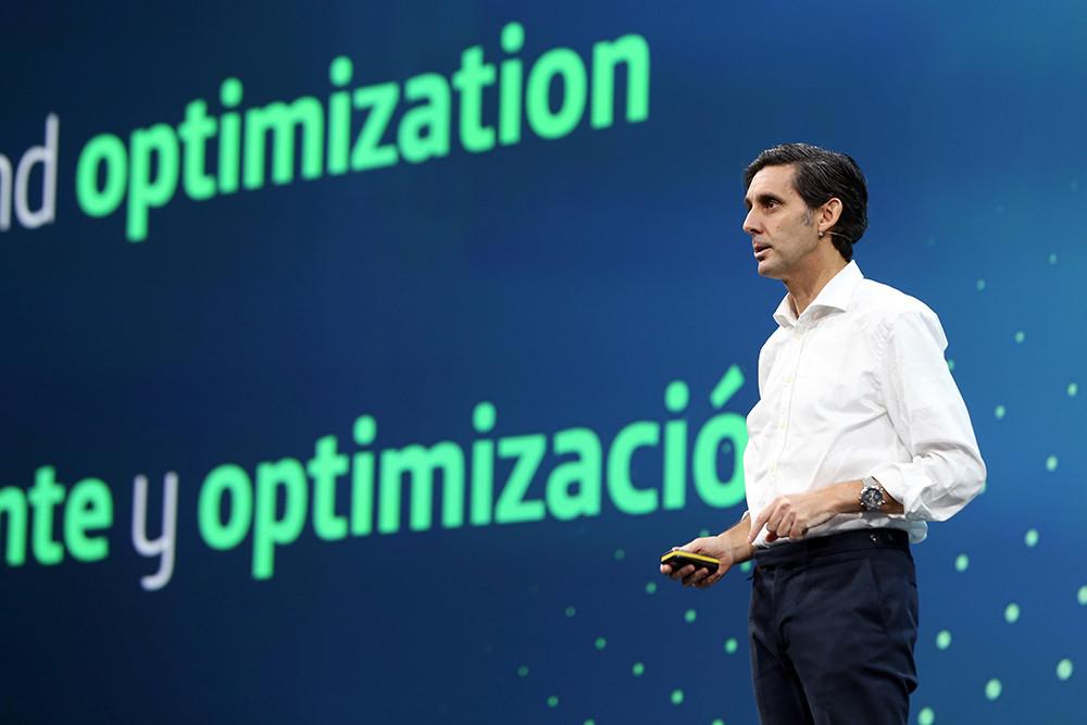 El presidente de Telefónica a favor de la 'tasa Google':