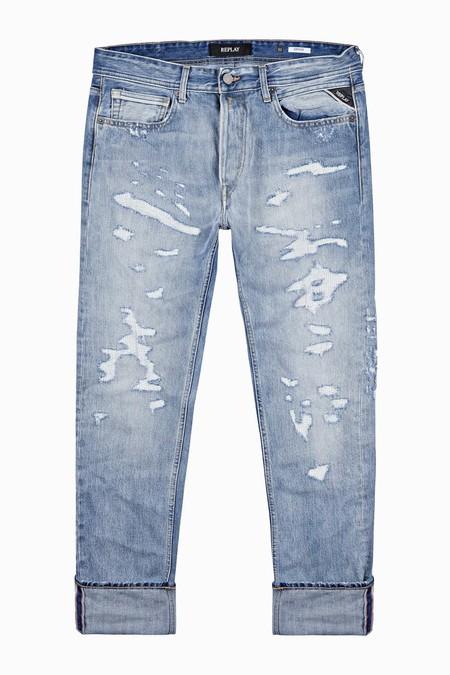 El Denim De Replay Le Pone Un Toque Vintage A Tu Look De Otono Con Su Linea De Jeans Envejecidos 5