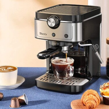 Esta cafetera espresso Sboly que combina café en grano y cápsulas es la más vendida en Amazon (y está rebajada hoy)