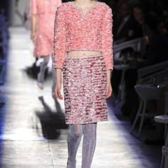 Foto 15 de 61 de la galería chanel-alta-costura-otono-invierno-2012-2013-rosa-gris-brillos-y-nuevo-vintage en Trendencias