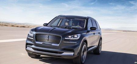 Este Lincoln Aviator es un futuro SUV híbrido enchufable, con tres filas de asientos y a todo lujo