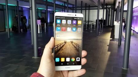 Huawei Mate 9 de 64GB, con cámara dual y gran autonomía, por 403 euros con este cupón