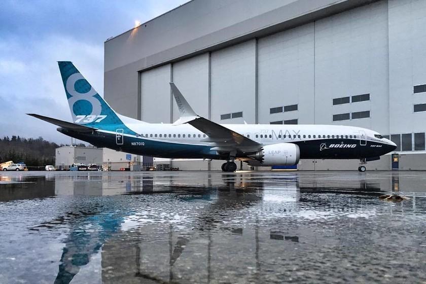 Detectan un nuevo fallo en el Boeing 737 MAX, ahora en el piloto automático