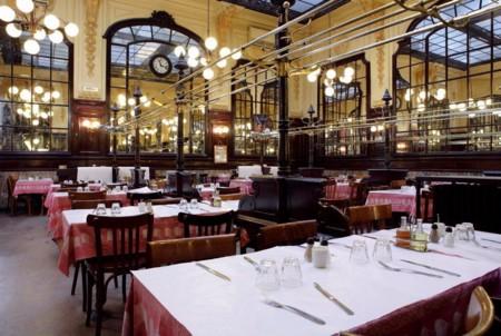 Comer barato y tradicional en París es posible: Visita el Bouillon Chartier