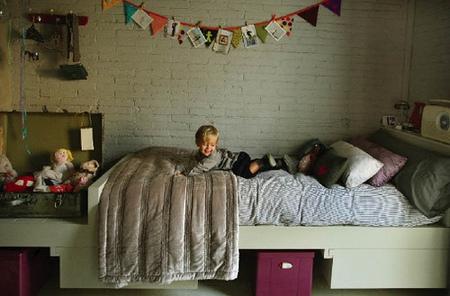 ¿Buena o mala idea?: paneles de piedra en cuarto infantil
