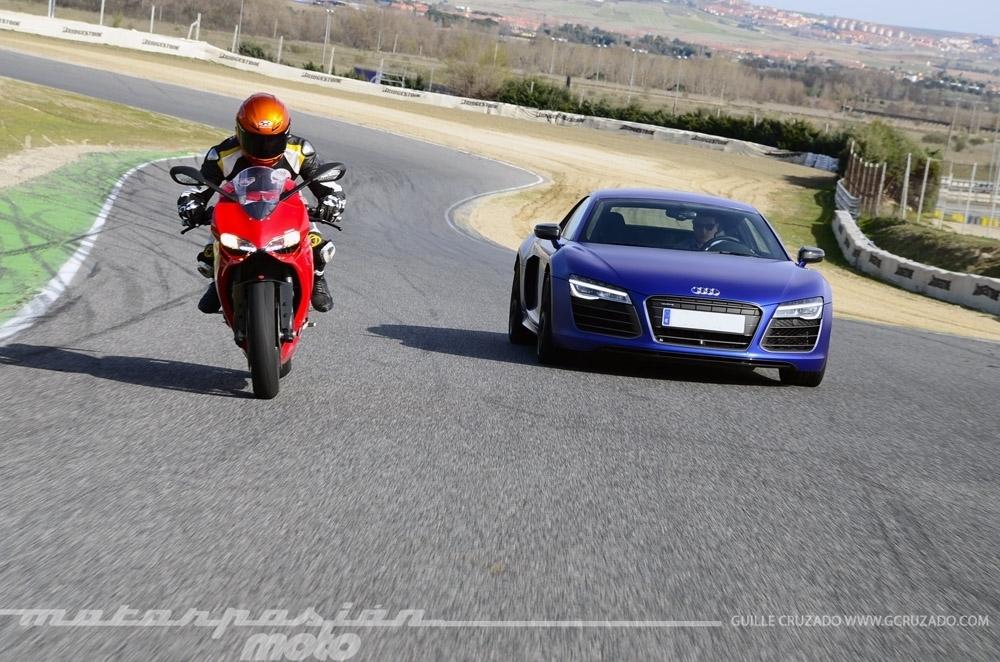 Foto de Ducati 899 Panigale Vs Audi R8 V10 Plus (21/24)