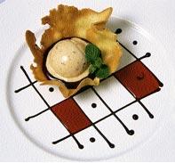 Helados de turrón sin grasa, helado de quicos con queso o helado de pipas