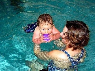 La natación infantil, desaconsejada en Alemania para casos de alergias
