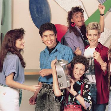 Los 90 están de moda: 'Salvados por la campana' volverá a la tele con los personajes originales (y no es la única)