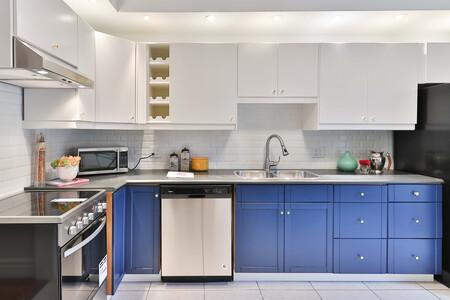 Cómo limpiar la cocina de la forma más fácil, rápida y eficaz, y las ocho zonas que no debes olvidar repasar