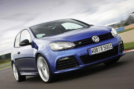 Volkswagen está en el retrovisor de Toyota