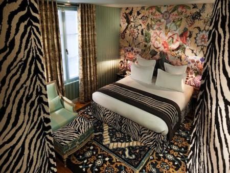 hotel-du-petit-moulin-4.jpg