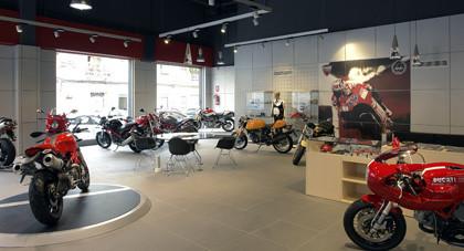 Inaugurado Ducati Valencia, un nuevo y espectacular concesionario en la ciudad del Turia