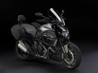 Salón de Milán 2012: gama Ducati Diavel 2013, nace la Ducati Diavel Strada