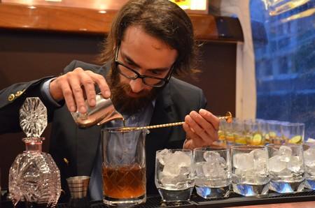 jigger-bartender