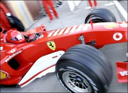 Valentino Rossi quiere volver a subirse a un Ferrari