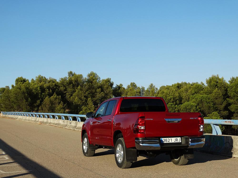 Foto de Probamos el Toyota Hilux en asfalto, todas las imágenes (9/13)