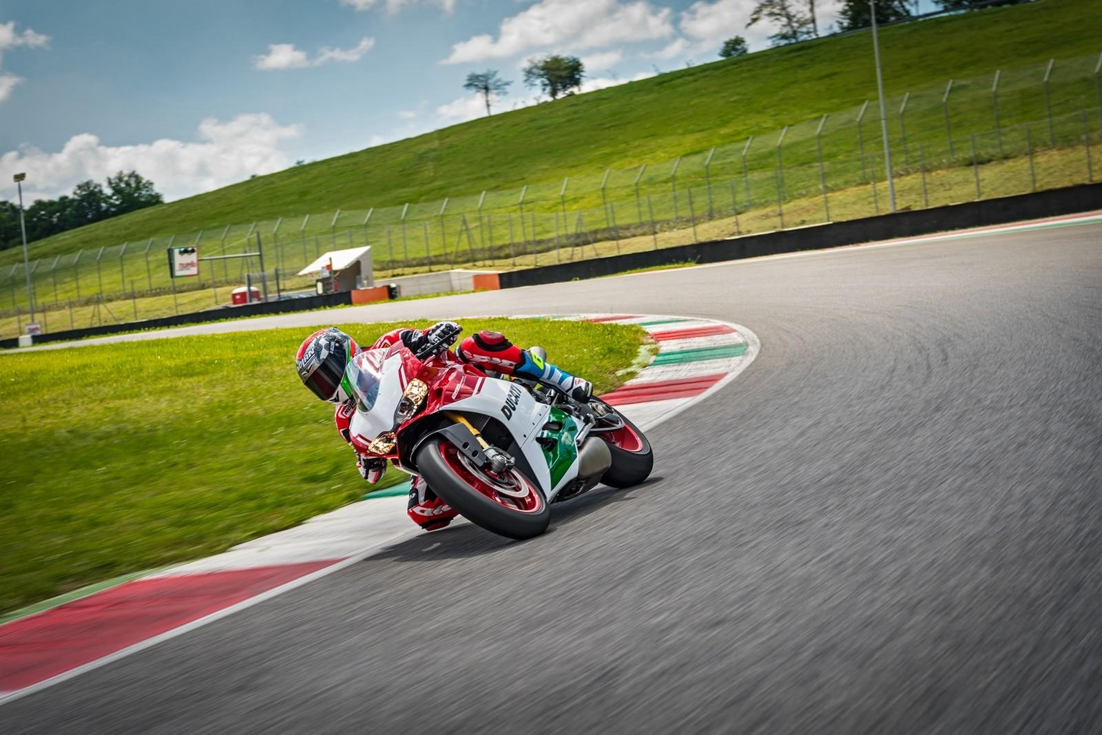 Foto de Ducati 1299 Panigale R Final Edition (15/58)