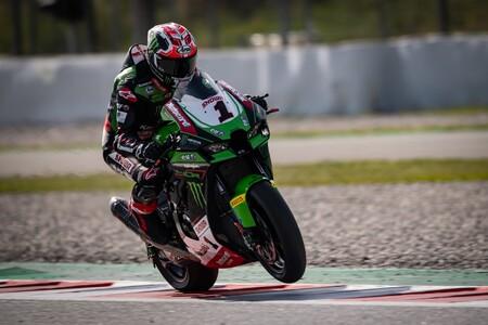 ¡Una Superbikes más rápida que una MotoGP! La Kawasaki Ninja ZX-10RR de Jonathan Rea batió a la KTM de Dani Pedrosa en MotorLand